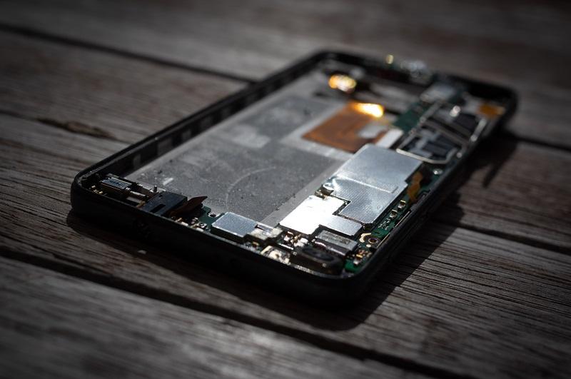 Huawei servis telefonov nam omogoča, da obdržimo staro napravo